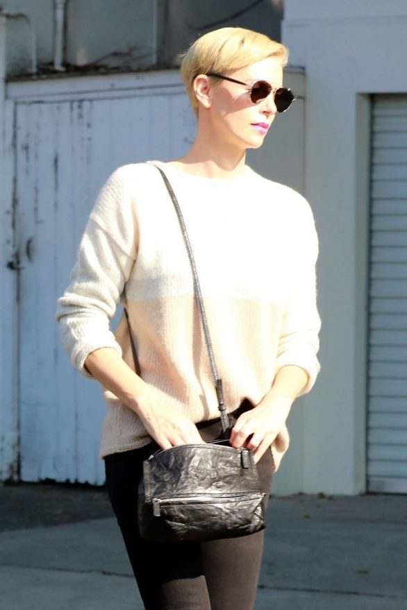 Charlize Theron 2020 : Charlize Theron – Makes a solo trip to a furniture store in Los Angeles-14
