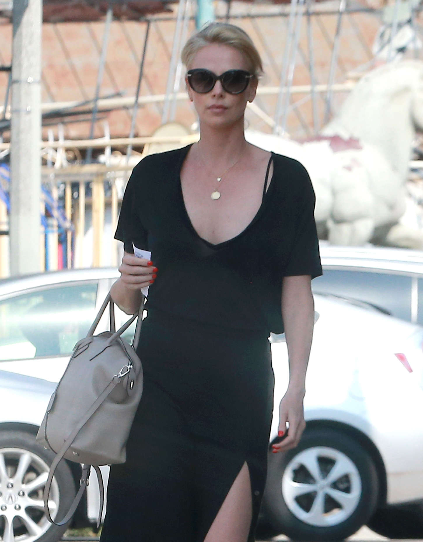 Charlize Theron in Black Dress -13