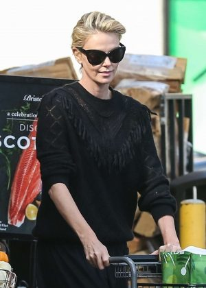 Charlize Theron - Shopping at Bristol Farms in Hollywood