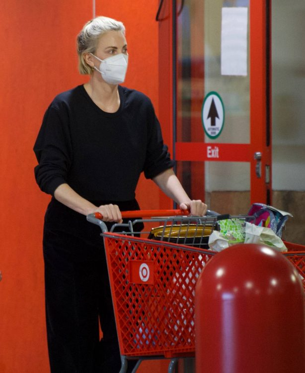 Charlize Theron - Shopping candids in Van Nuys