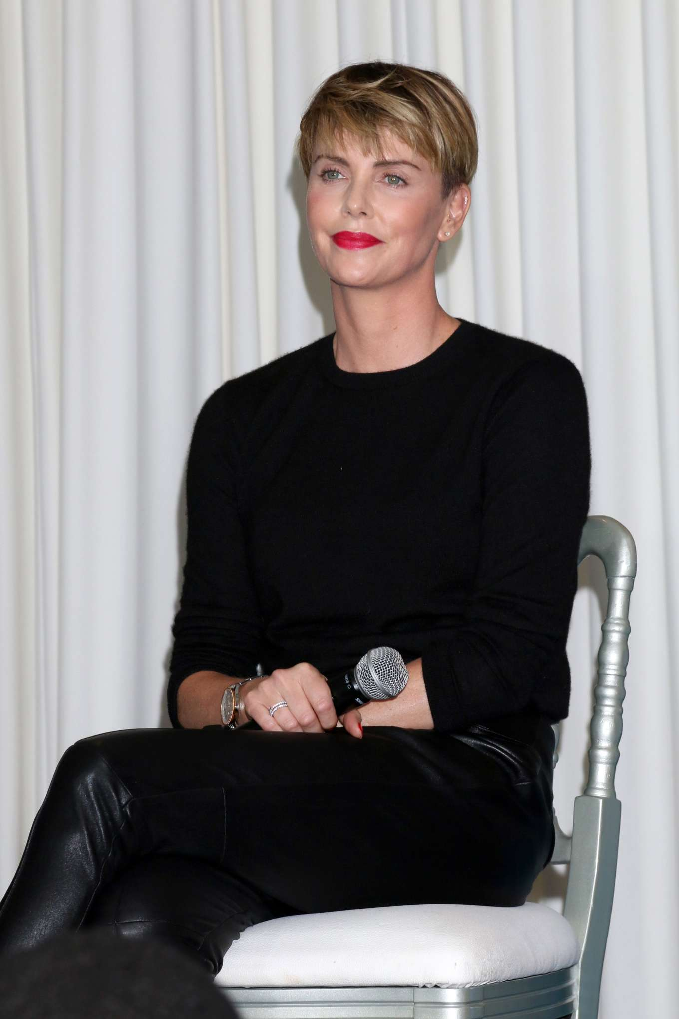 Charlize Theron - Speaks at the GEANCO Foundation Hollywood Gala in Beverly Hills