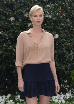 Charlize Theron - 'The Huntsman and The Ice Queen' Photocall in Milan