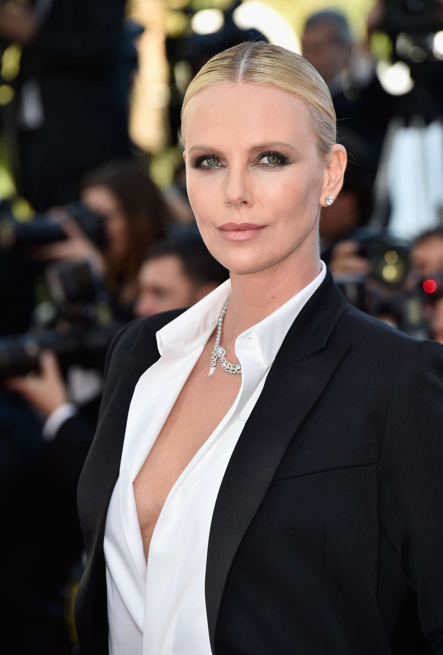 Charlize Theron The Last Face Premeire At 2016 Cannes