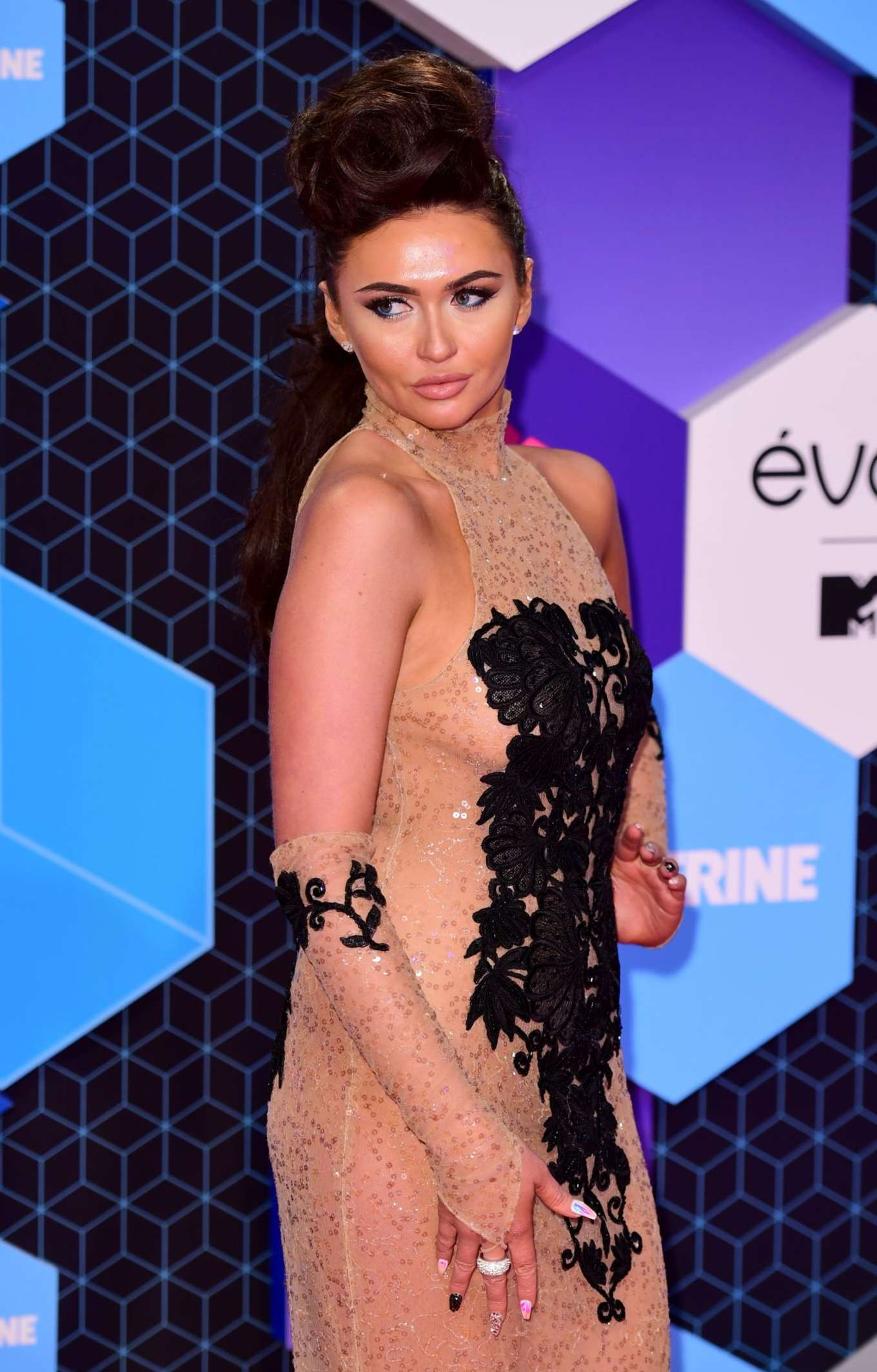 Charlotte Dawson - 2016 MTV Europe Music Awards in Rotterdam