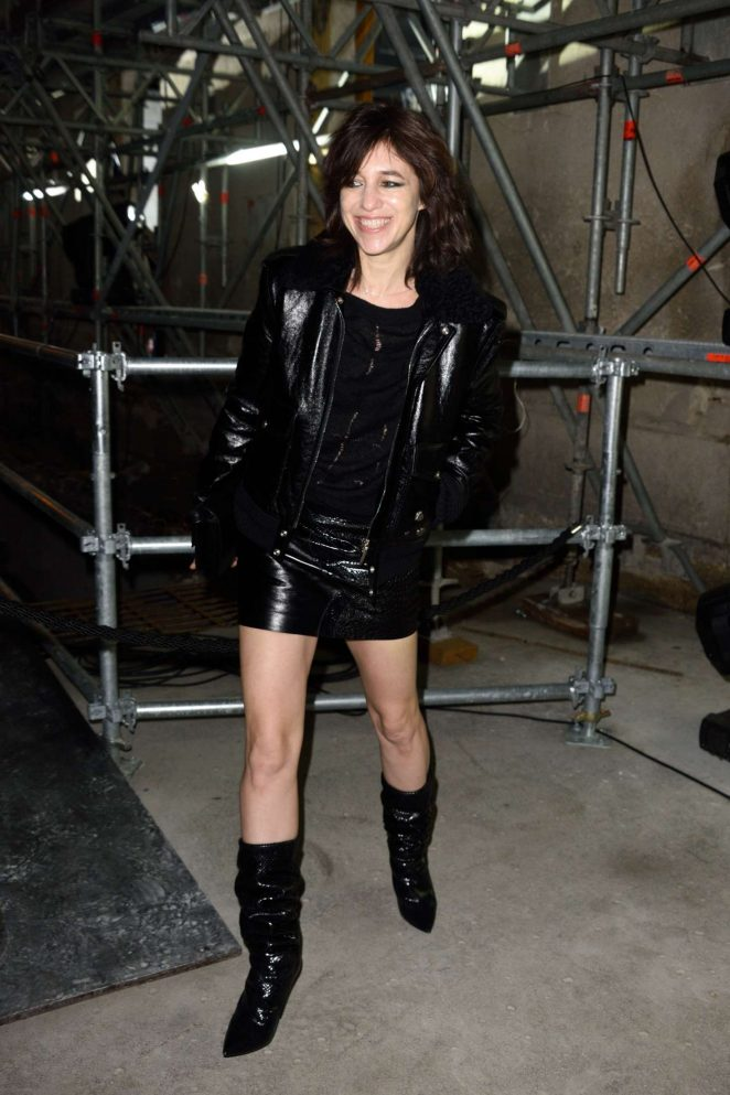 Charlotte Gainsbourg: Saint Laurent Show AW 2017 -01 ...