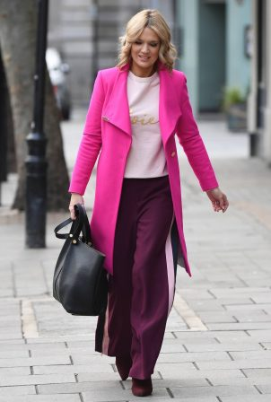 Charlotte Hawkins - Spotted arriving at Global Studios in London