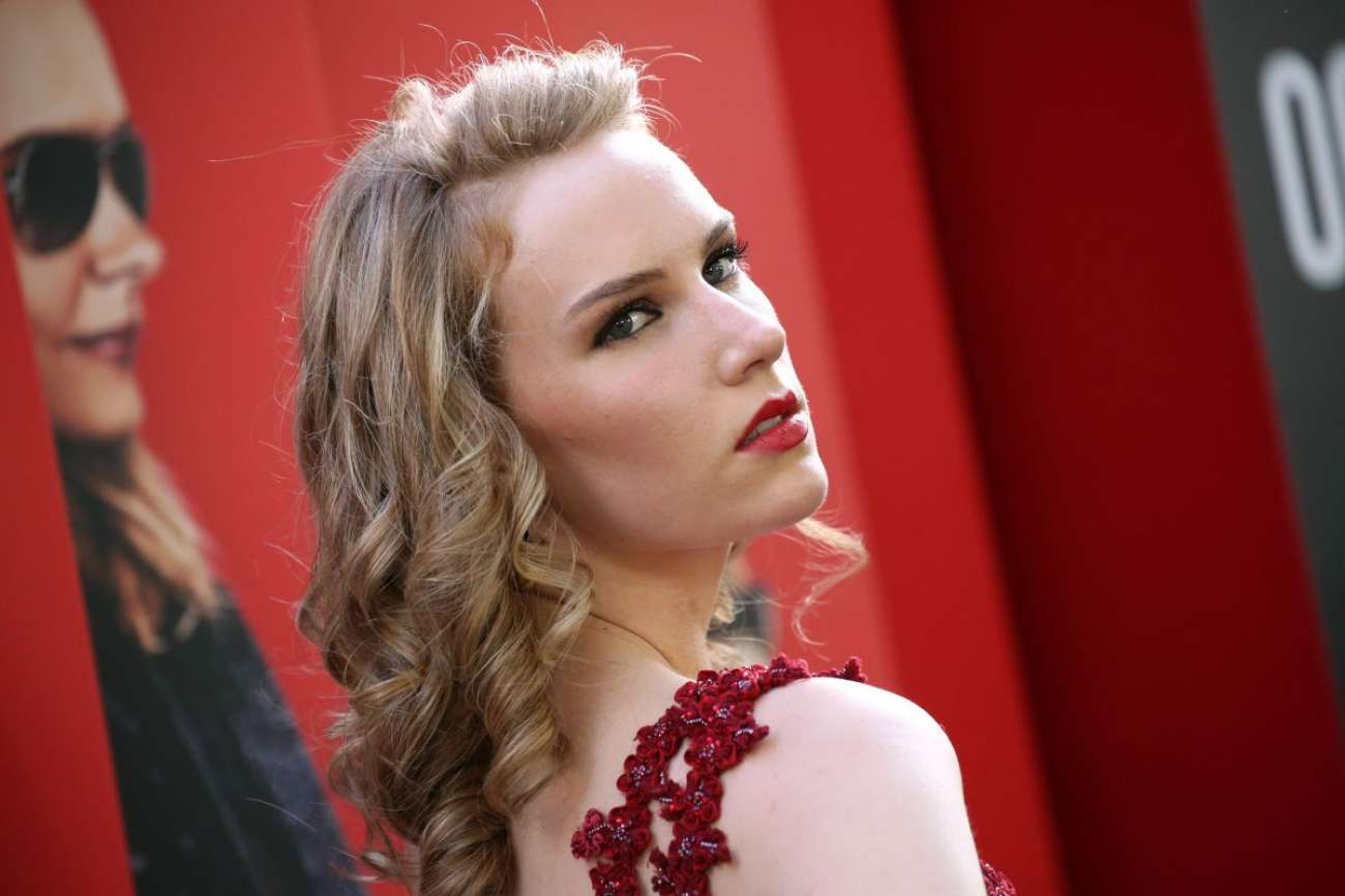 Charlotte Kirk 2018 : Charlotte Kirk: Ocean's 8 Premiere photocall In New York-02