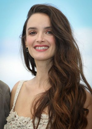 Charlotte Le Bon - Talents Adami 2018 Photocall in Cannes