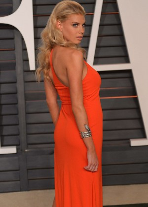Charlotte Mckinney - 2015 Vanity Fair Oscar Party in Hollywood
