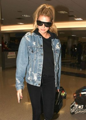 Charlotte McKinney at LAX Airport in Los Angeles