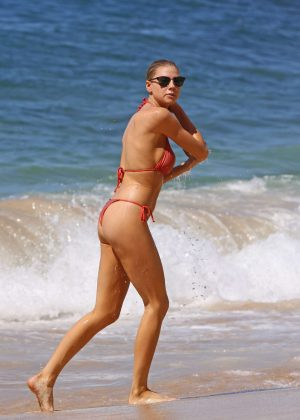 Charlotte Mckinney: Bikini 2016 -05