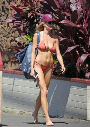 Charlotte Mckinney: Bikini 2016 -18