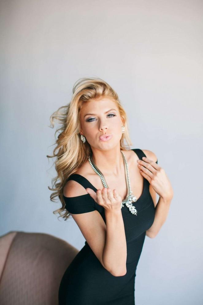 Charlotte Mckinney: Floridian Social Photoshoot -02