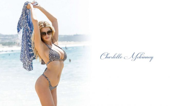 Charlotte McKinney - Hot Wallpapers