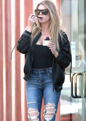 Charlotte McKinney in Jeans at a Gas Station in Santa Monica