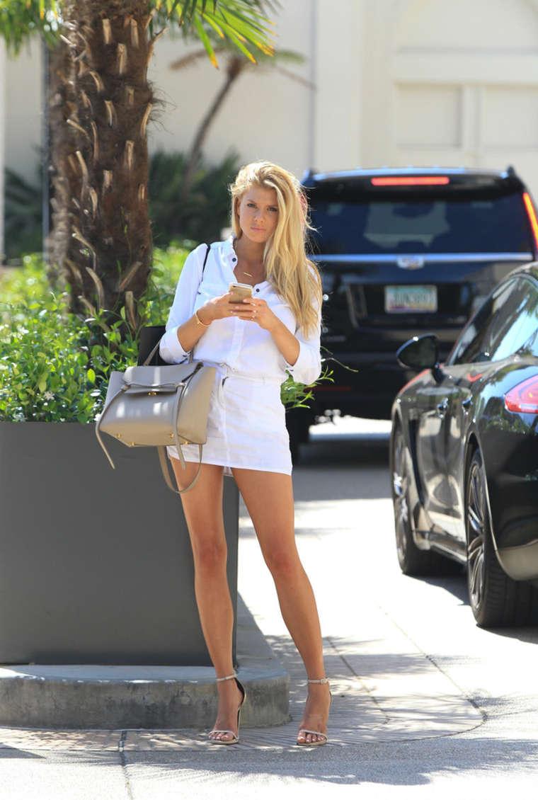 Charlotte Mckinney In White Mini Skirt 03 Gotceleb