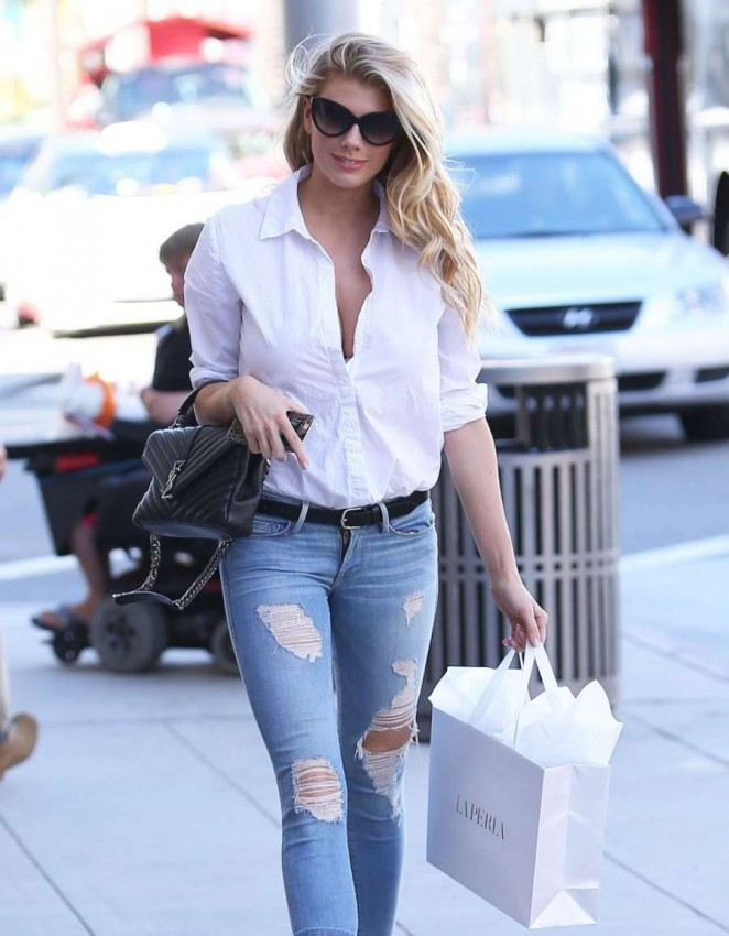 Charlotte McKinney in Skinny Jeans Shopping in Beverly Hills
