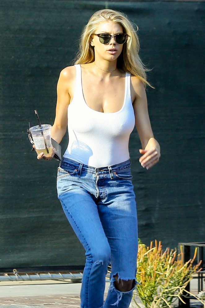 4427dc61f1ebb Charlotte McKinney in White Tank and Jeans -22 – GotCeleb