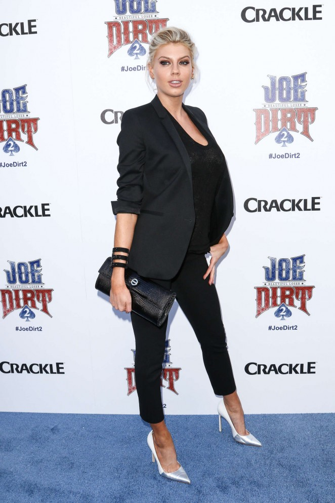 Charlotte McKinney: Joe Dirt 2 Beautiful Loser Premiere -11