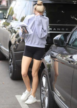 Charlotte McKinney - Leaving Kate Somerville in West Hollywood