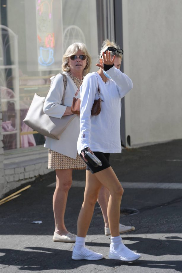 Charlotte McKinney - Out for an afternoon stroll in Santa Monica