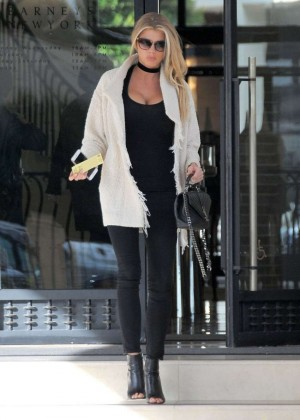 Charlotte McKinney out in Beverly Hills -04