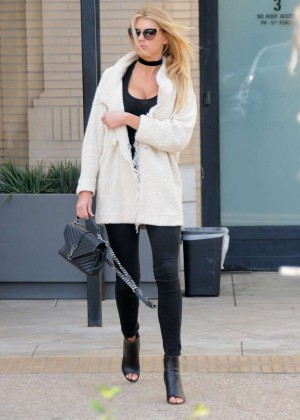 Charlotte McKinney out in Beverly Hills -08