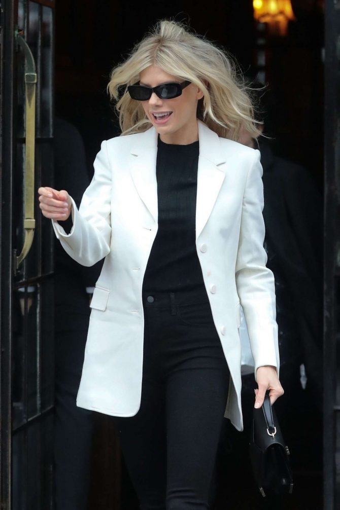 Charlotte McKinney - Out in New York City