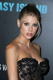 Charlotte McKinney - Red Carpet at the Premiere of Fantasy Island