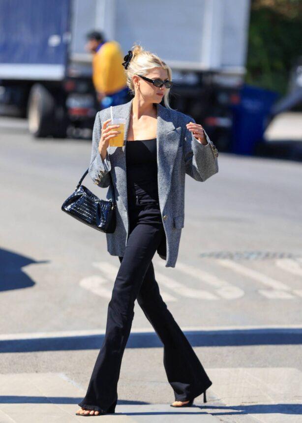 Charlotte McKinney - Seen grabbing a coffee In West Hollywood - California