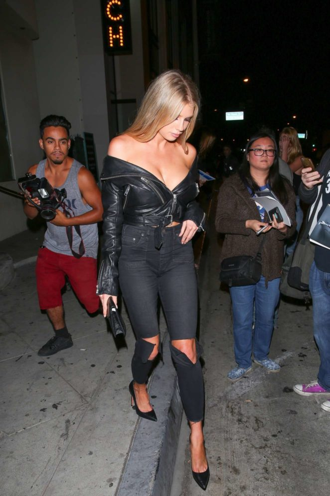 Charlotte  McKinney 2017 : Charlotte McKinney: Seen Leaving Catch LA restaurant in West Hollywood-15