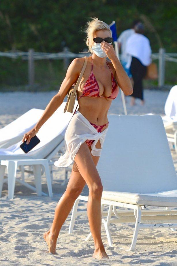 Charlotte McKinney - Wearing a PrettyLittleThing bikini on Miami beach