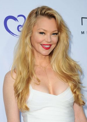 Charlotte Ross - HollyRod Foundation's 2016 DesignCare Gala in Pacific Palisades