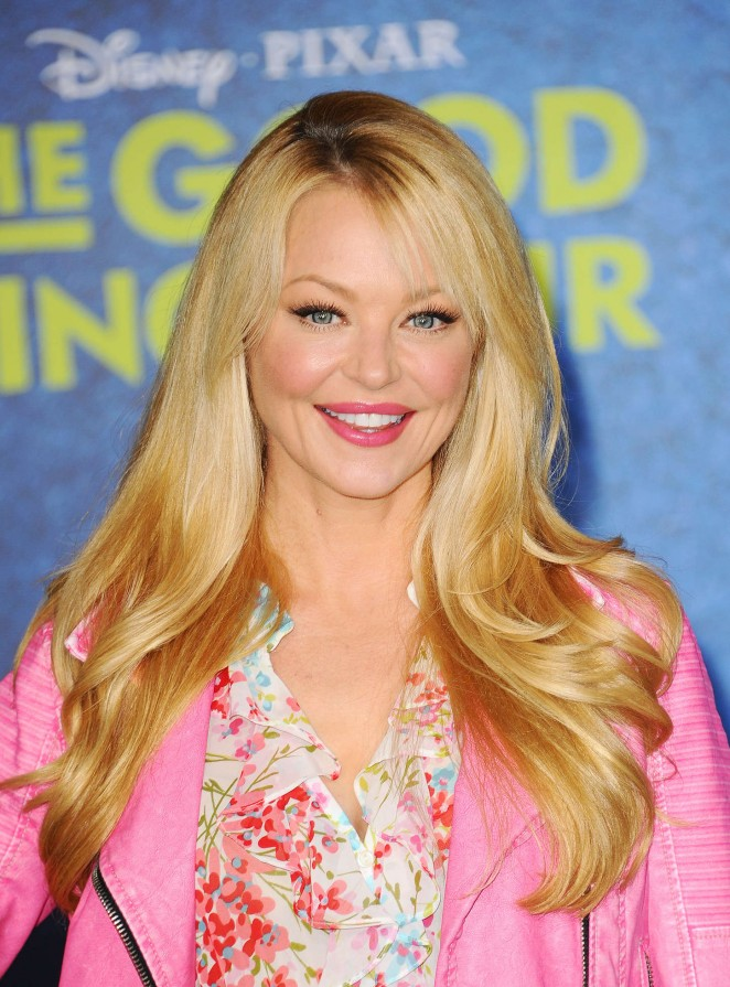 Charlotte Ross - 'The Good Dinosaur' Premiere in Hollywood