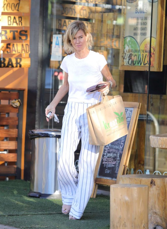 Chelsea Handler – Out in West Hollywood