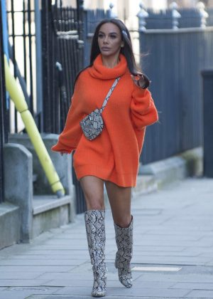 Chelsee Healey - Out in London