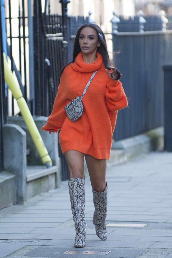 Chelsee Healey – Out in London
