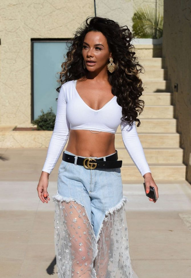 Chelsee Healey – Out in Tenerife