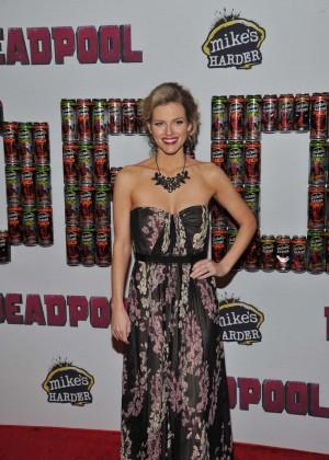 Chelsey Crisp - 'Deadpool' Fan Event in NYC