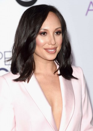 Cheryl Burke - People's Choice Awards 2016 in Los Angeles