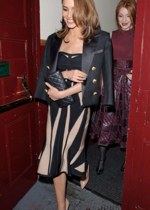 Cheryl Fernandez-Versini - Leaving the Dominion Theatre in London
