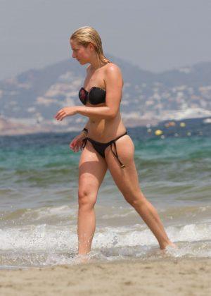 Cheyenne and Valentina Pahde in Bikini in Ibiza - GotCeleb