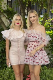 Chiara and Valentina Ferragni - 2019 Paris Fashion Week - Giambattista Valli Haute Couture FW 19-20