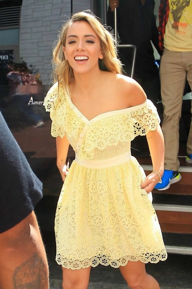 Chloe Bennet - Arriving at Comic-Con International 2018 in San Diego