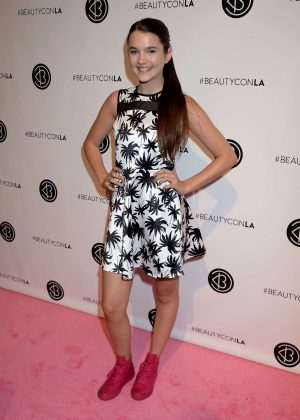 Chloe East - 5th Annual Beautycon Festival LA in Los Angeles
