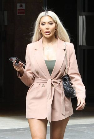 Chloe Ferry - Looks chic while out in London