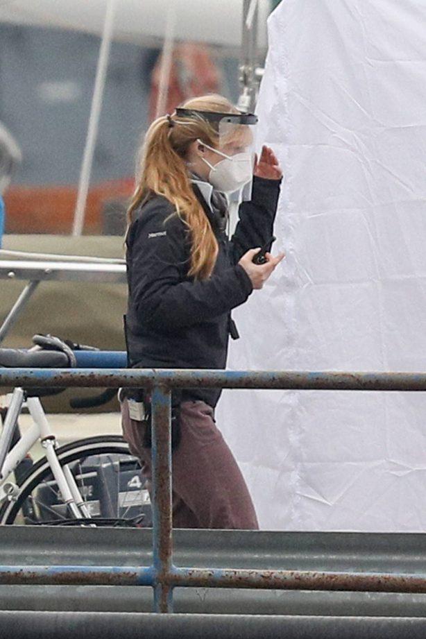 Chloe Grace Moretz - seen on set in East Boston