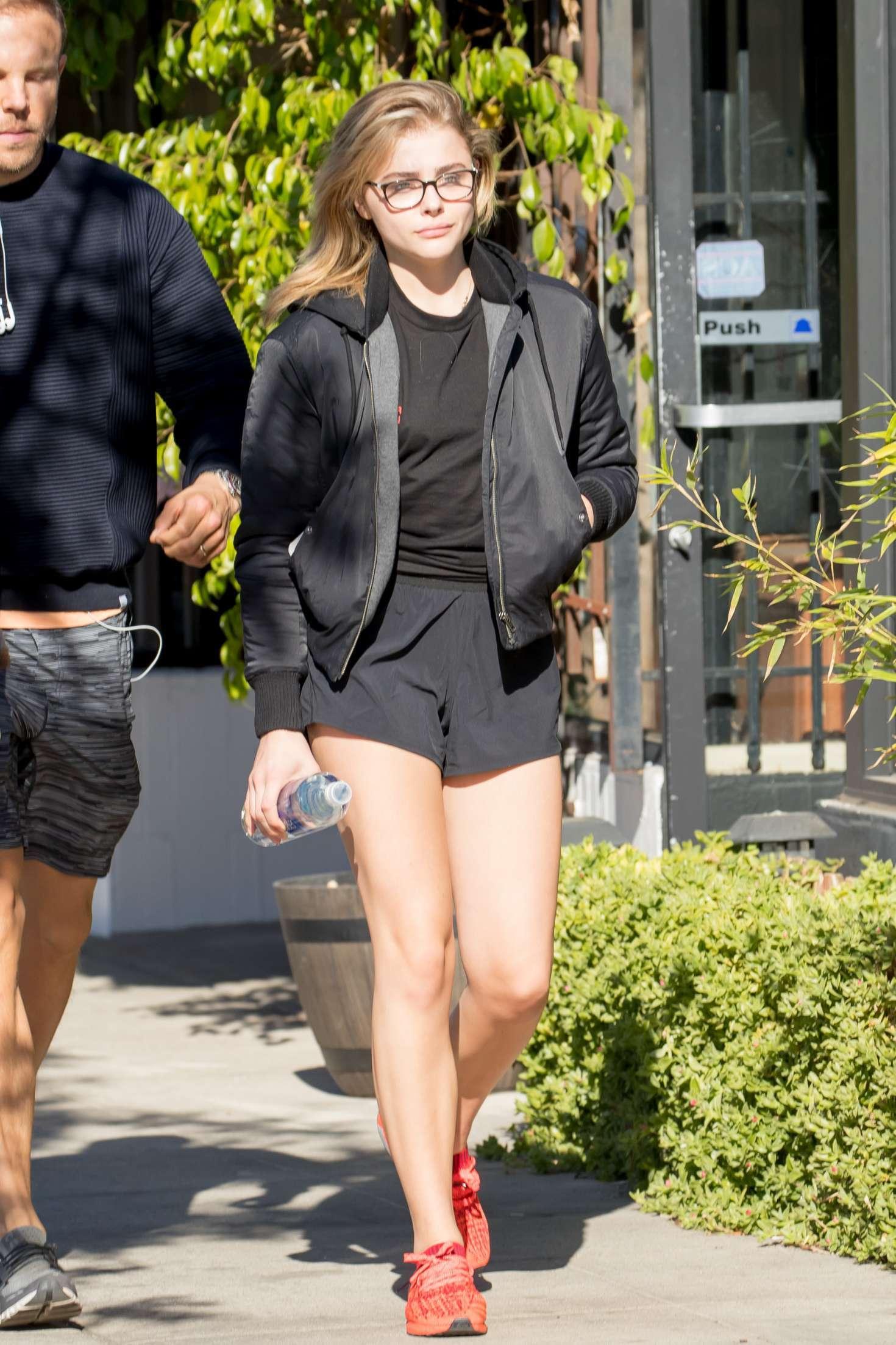 Chloe Grace Moretz - Seen out for breakfast in Los Angeles