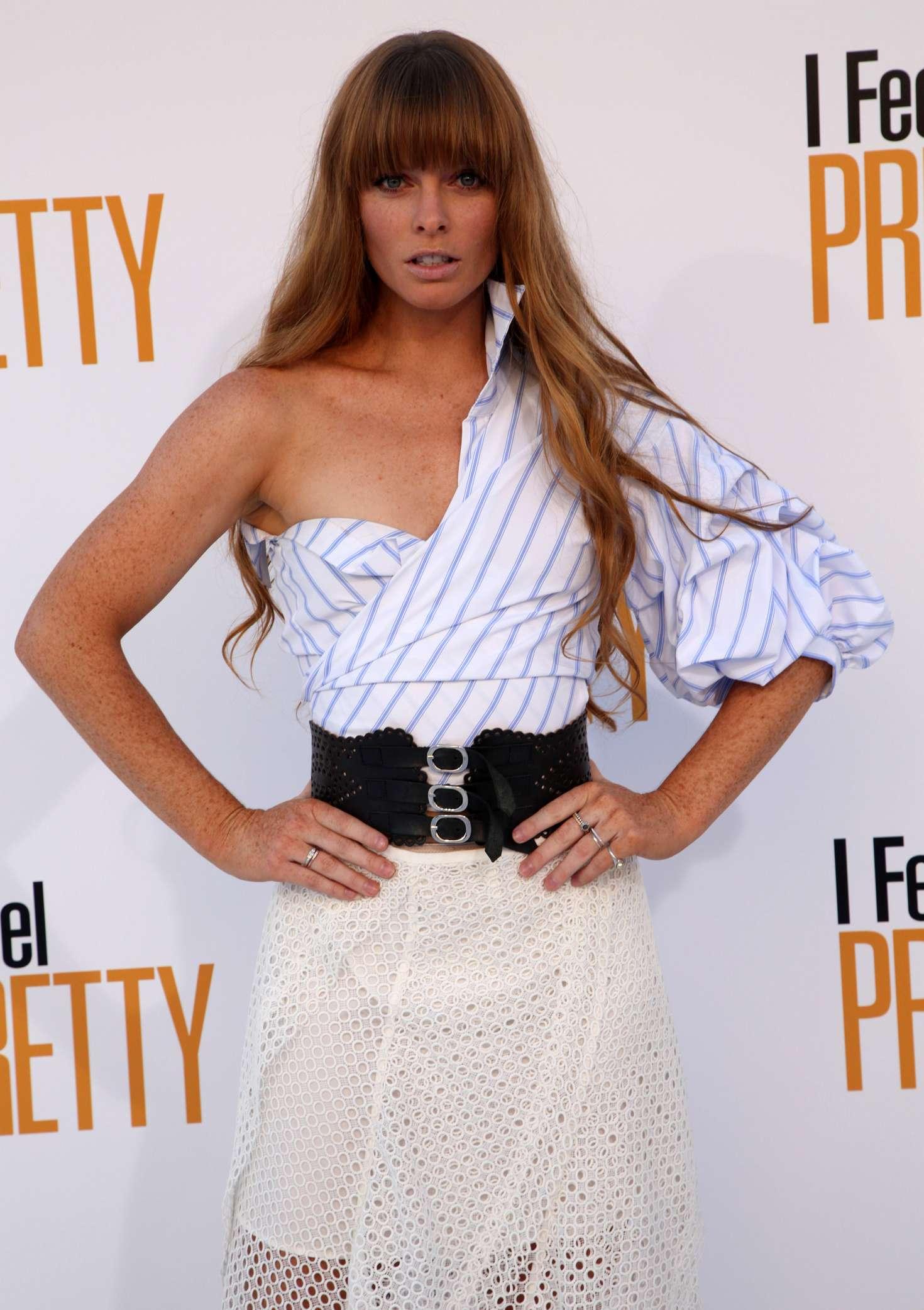 Chloe Hurst - 'I Feel Pretty' Premiere in Los Angeles