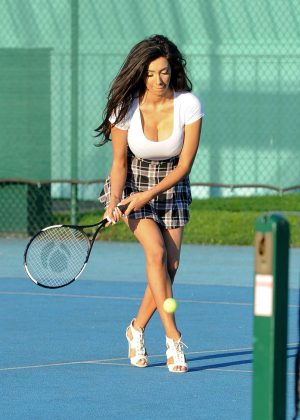 Chloe Khan - Playing Tennis in Manchester